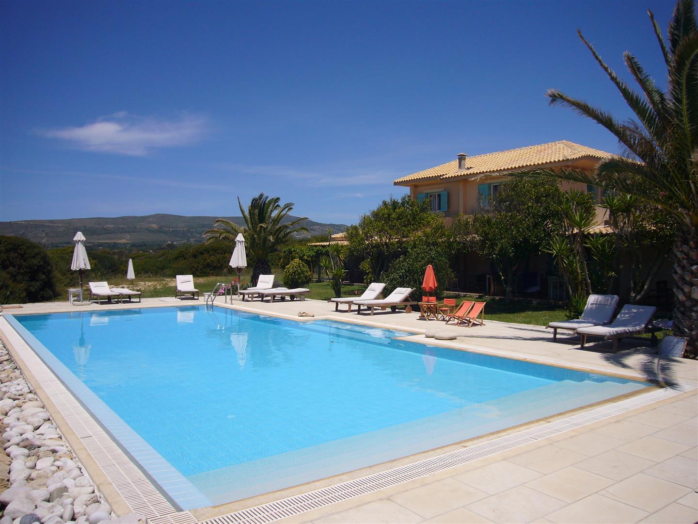 vakantiehuis met een zwembad belvilla vakantiehuizen